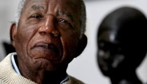 z13613515Q,Chinua-Achebe--zdjecie-z-2008-r-